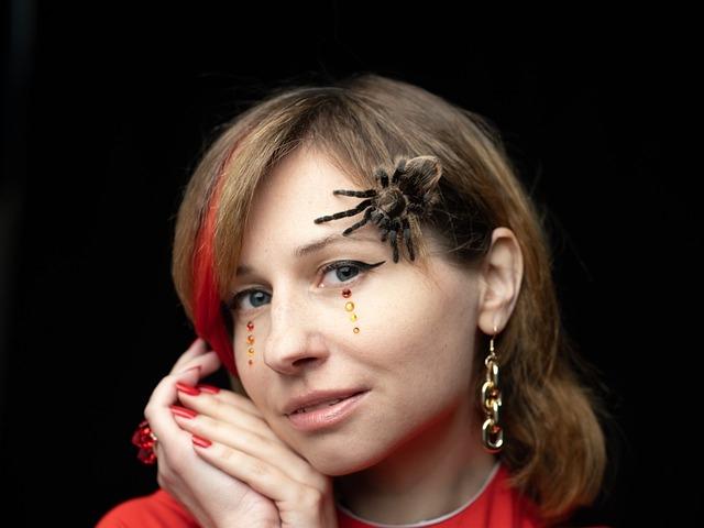 Восьминогий питомец: паук-птицеед