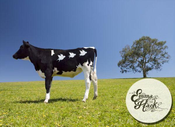 Бодиарт и рисованная корова